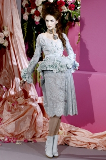christian-dior-couture-spring-2010-15