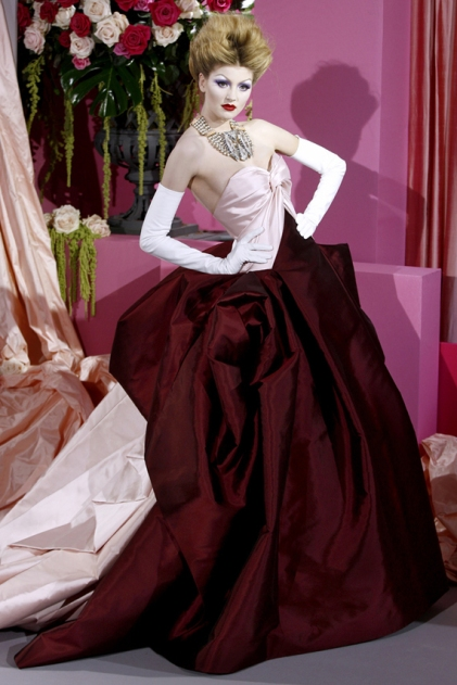 christian-dior-couture-spring-2010-25