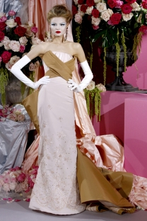 christian-dior-couture-spring-2010-29