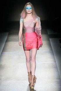 valentino - spring couture 2010 - got sin 02