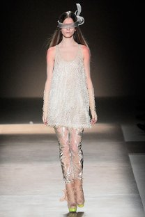 valentino - spring couture 2010 - got sin 11