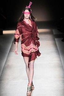 valentino - spring couture 2010 - got sin 17