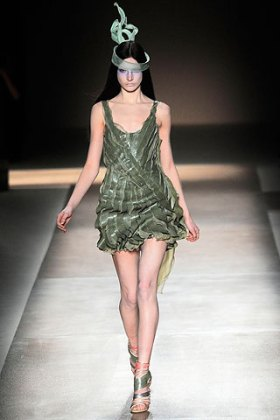 valentino - spring couture 2010 - got sin 31