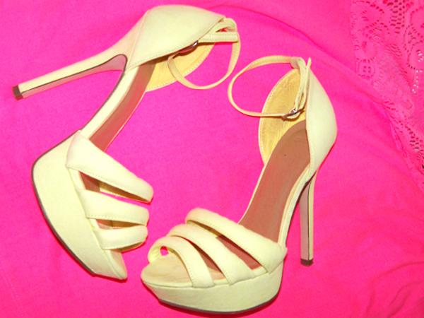 sandalia-neon-shoe-fluor-citrus-lime-amarelo-asos-sininhu-sylvia-santini-got-sin-05