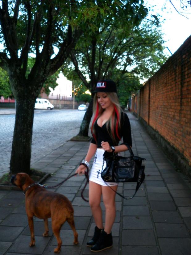 sininhu-sylvia-santini-meu-look-blog-got-sin-saia-cruz-gotica-bone-snapback-balenciaga-bag-bolsa-sneaker-wedge-red-hair-09