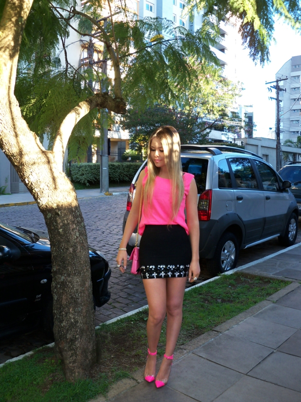 sininhu-sylvia-santini-meu-look-saia-bandage-chris-evert-cristais-pedraria-pedras-blog-moda-neon-rosa-barbie-got-sin-05