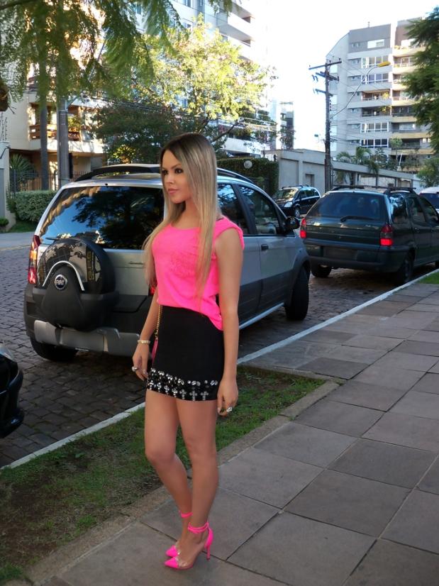 sininhu-sylvia-santini-meu-look-saia-bandage-chris-evert-cristais-pedraria-pedras-blog-moda-neon-rosa-barbie-got-sin-16
