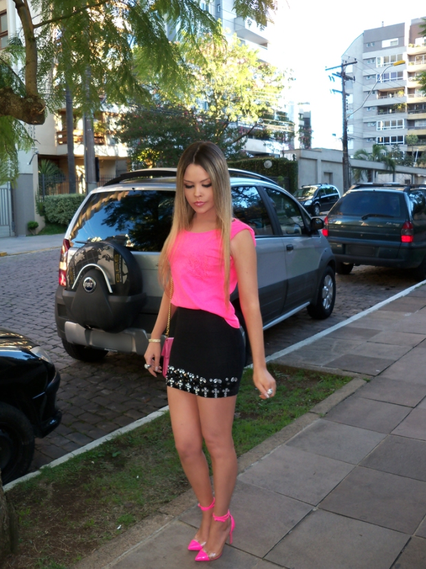 sininhu-sylvia-santini-meu-look-saia-bandage-chris-evert-cristais-pedraria-pedras-blog-moda-neon-rosa-barbie-got-sin-20