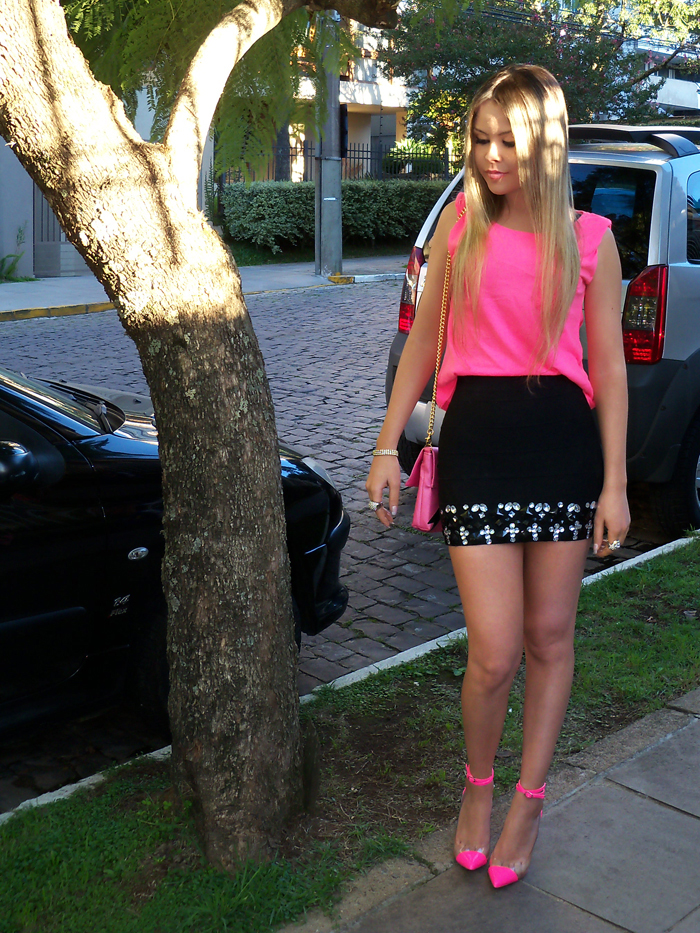 sininhu-sylvia-santini-meu-look-saia-bandage-chris-evert-cristais-pedraria-pedras-blog-moda-neon-rosa-barbie-got-sin-22