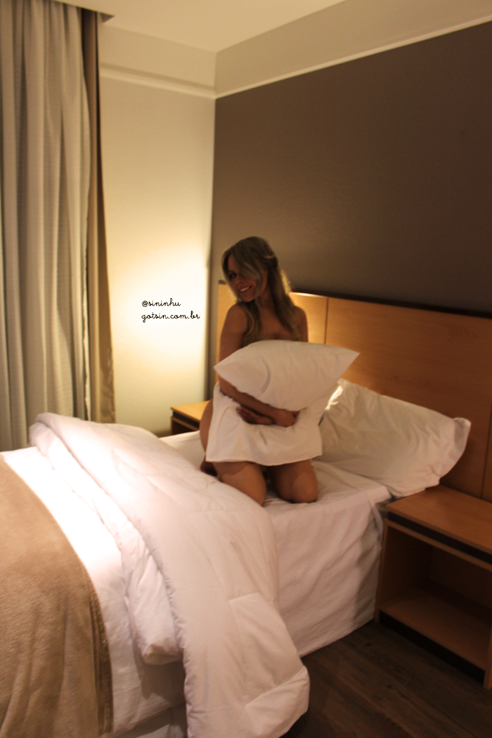 2013-lingerie-day-sininhu-sylvia-santini-got-sin-4