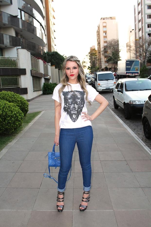 sininhu-sylvia-santin-meu-look-blog-got-sin-camiseta-fuin-fly-ship-lobo-mau-lobisomem-estampa-animal-blazer-sapato-louboutin-bolsa-fernanda-gregorin-calça-jeans-zara-asos-óculos-sol-moda-fashion-12