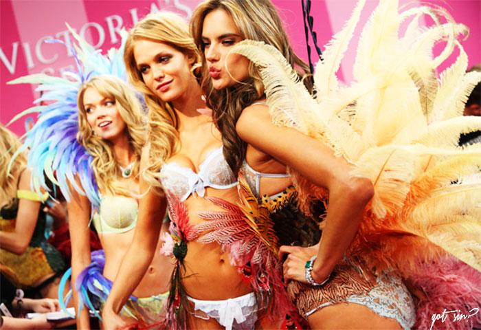 desfile-Victorias-secret-fashion-show-blog-got-sin-moda-angels-alessandra-ambrosio-candice-swanepoel-adriana-lima-02