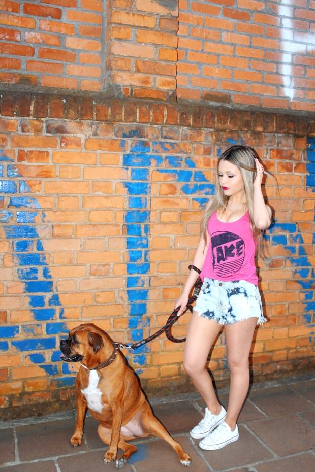 meu-look-amo-glace-sininhu-sylvia-santini-blog-got-sin-como-usar-shorts-chintura-alta-regata-rosa-06