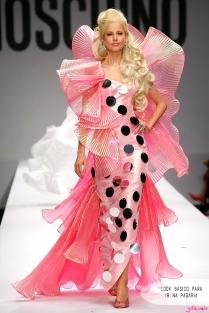 looks-barbie-moschino-desfile-milan-fashion-week-blog-moda-got-sin03