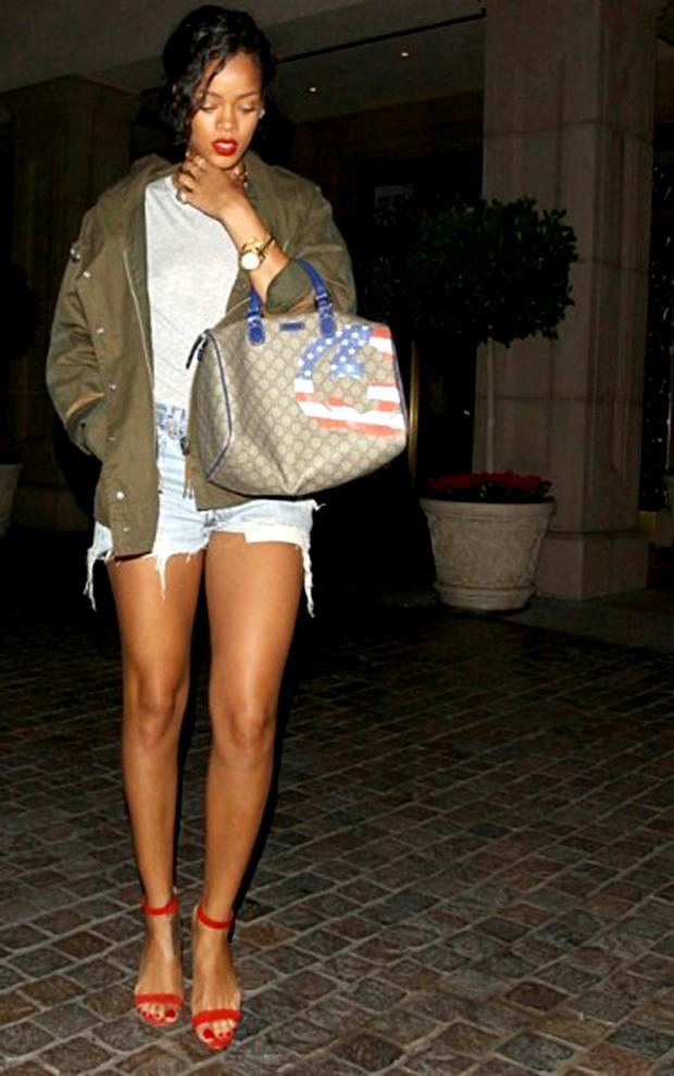 rihanna sandália de tiras chaos manolo blahnik moda blog got sin 53