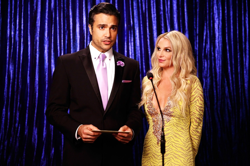 britney spears jane the virgin serie rogelio de la veiga 03