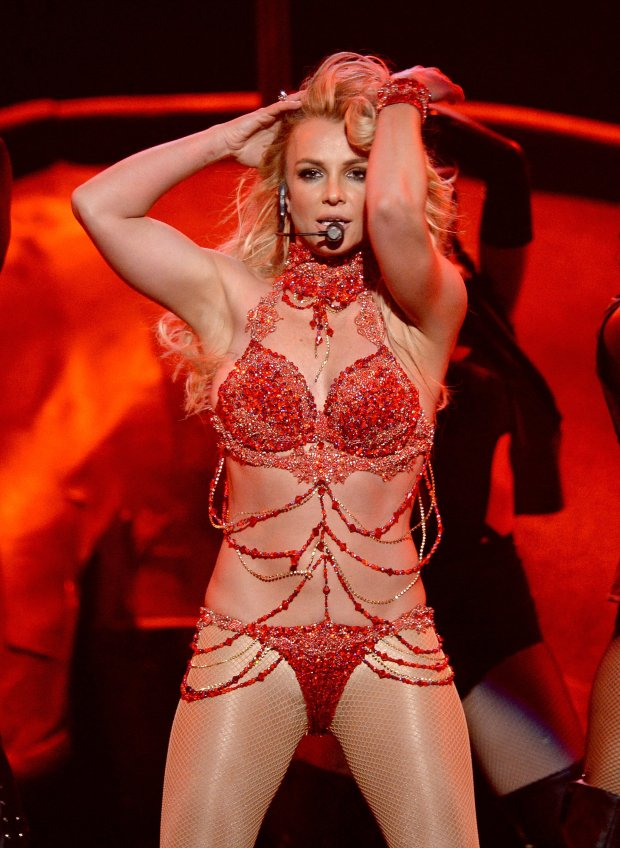 Britney Spears Billboard Music Awards 2016 blog got sin 13