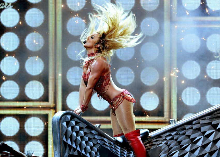 Britney Spears Billboard Music Awards 2016 blog got sin 19