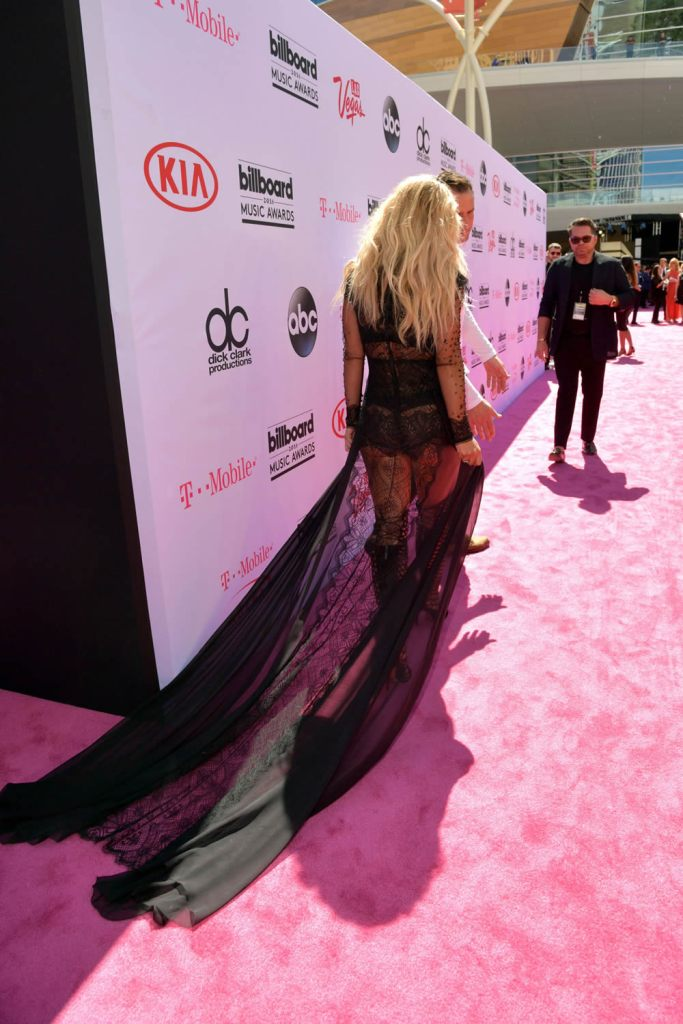 Britney Spears Billboard Music Awards 2016 - look Reem Acra - Millenium Award - blog got sin 18