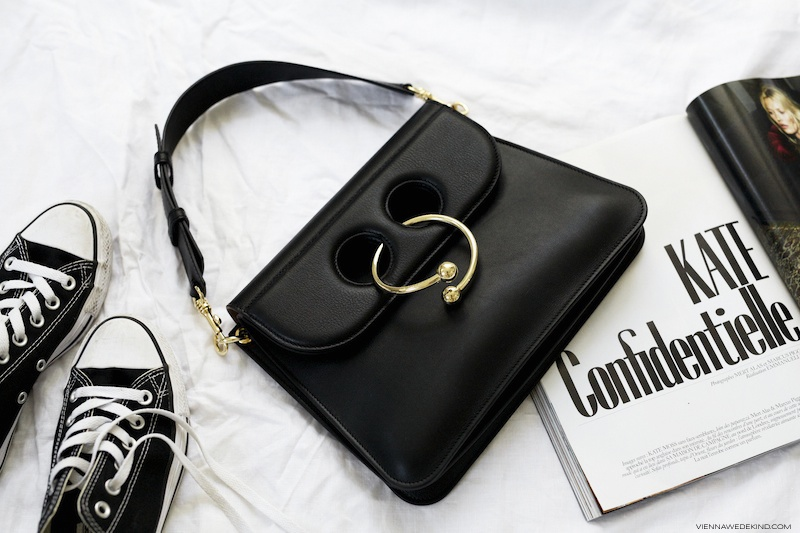 jw-anderson-pierce-bag-blog-got-sin-03